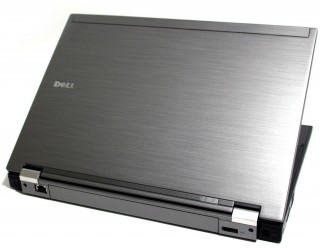 Dell Latitude E6410 chơi LOL